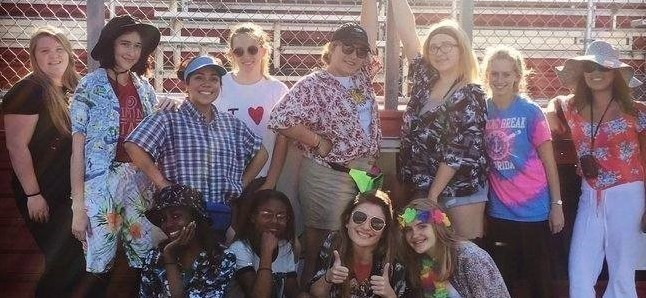 Fondy High's Spirit Week - Tacky Tourists