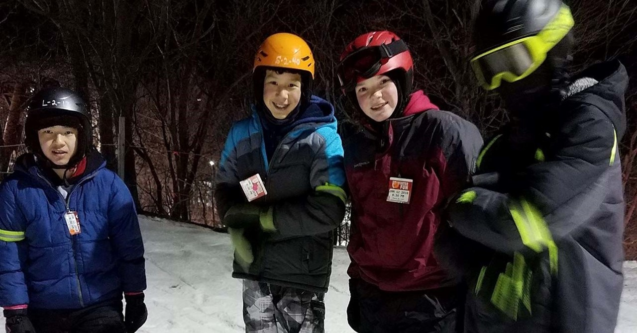 Woodworth Students on Ski Field Trip