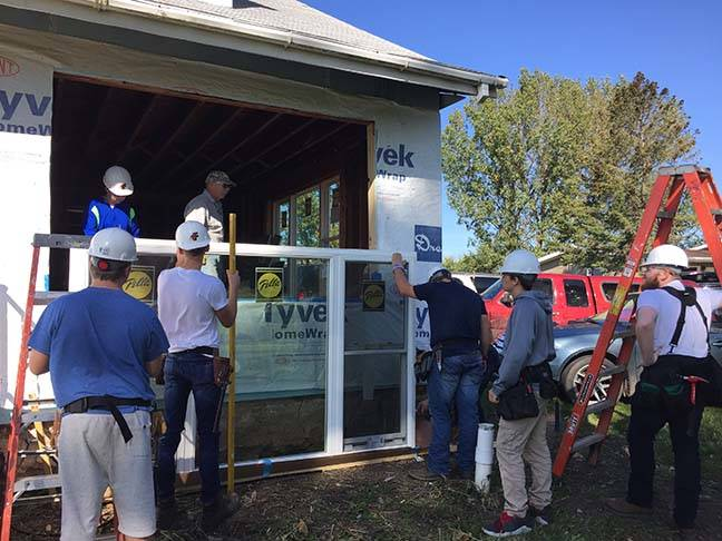 ACE Students install windows