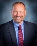 Portrait of Mark Henschel